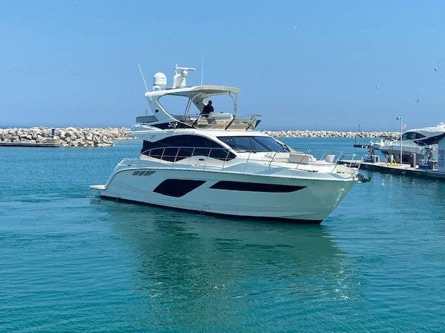 2018 Sea Ray boat for sale, model of the boat is L550FLY & Image # 4 of 41