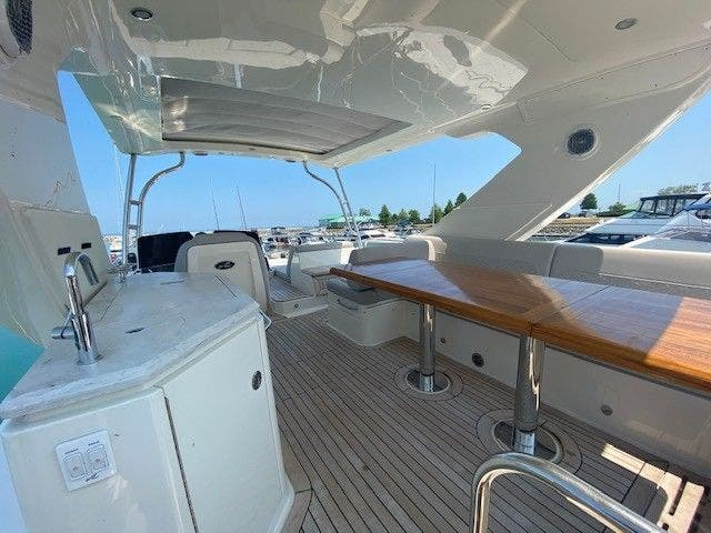2018 Sea Ray boat for sale, model of the boat is L550FLY & Image # 8 of 41