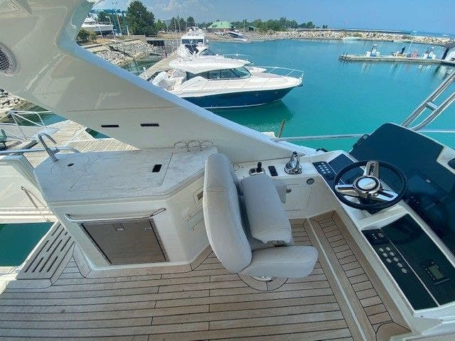 2018 Sea Ray boat for sale, model of the boat is L550FLY & Image # 11 of 41