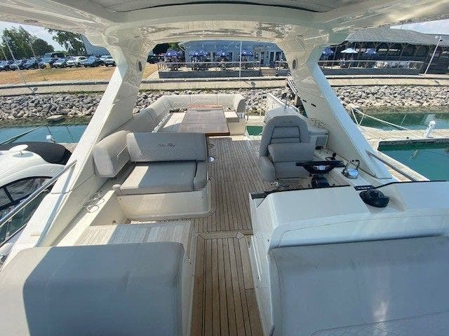 2018 Sea Ray boat for sale, model of the boat is L550FLY & Image # 12 of 41