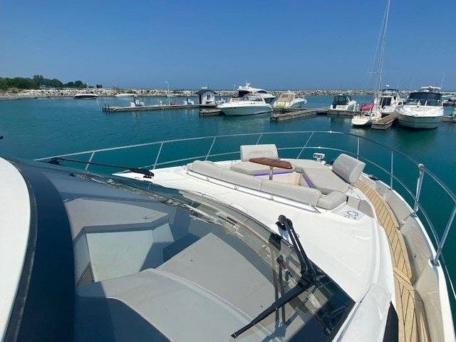 2018 Sea Ray boat for sale, model of the boat is L550FLY & Image # 14 of 41