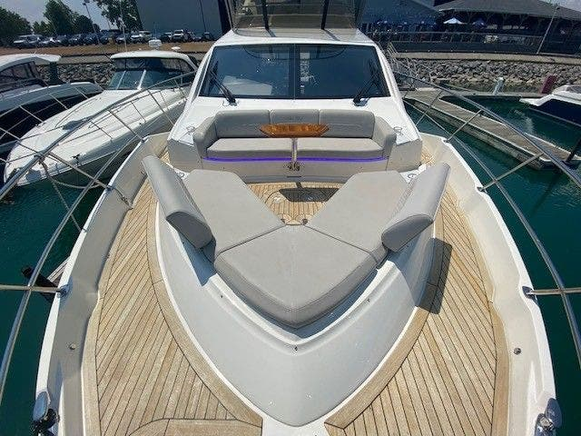 2018 Sea Ray boat for sale, model of the boat is L550FLY & Image # 15 of 41