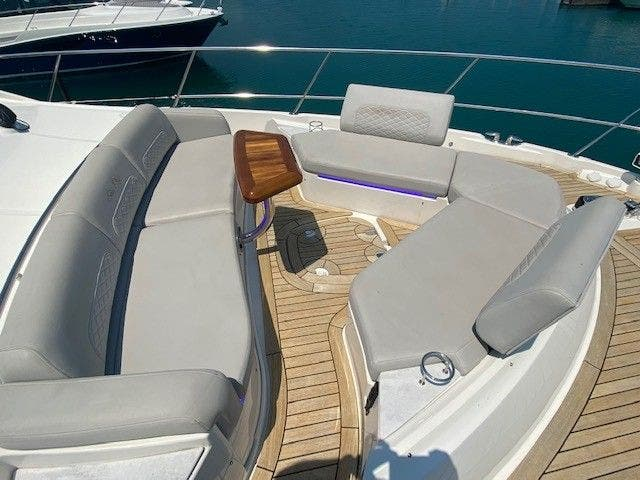 2018 Sea Ray boat for sale, model of the boat is L550FLY & Image # 16 of 41