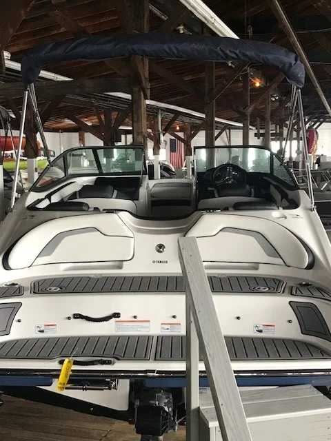 2018 Yamaha boat for sale, model of the boat is SX195 & Image # 3 of 4