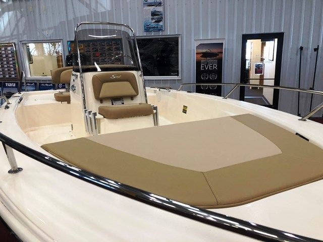 2019 Scout boat for sale, model of the boat is 177 SPORT & Image # 6 of 12