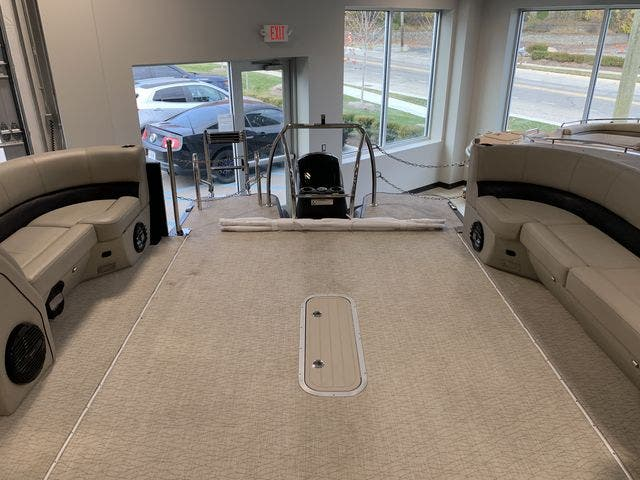 2019 Barletta boat for sale, model of the boat is EX23Q & Image # 9 of 11