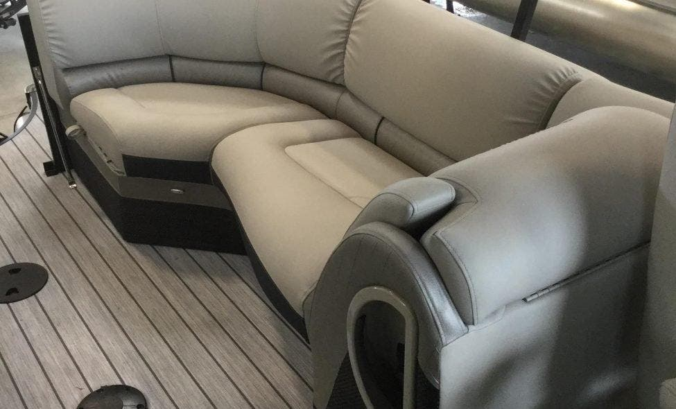 2019 Berkshire Pontoons boat for sale, model of the boat is 23rfx-dc Sts & Image # 5 of 13
