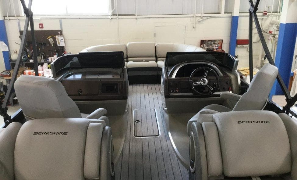 2019 Berkshire Pontoons boat for sale, model of the boat is 23rfx-dc Sts & Image # 11 of 13