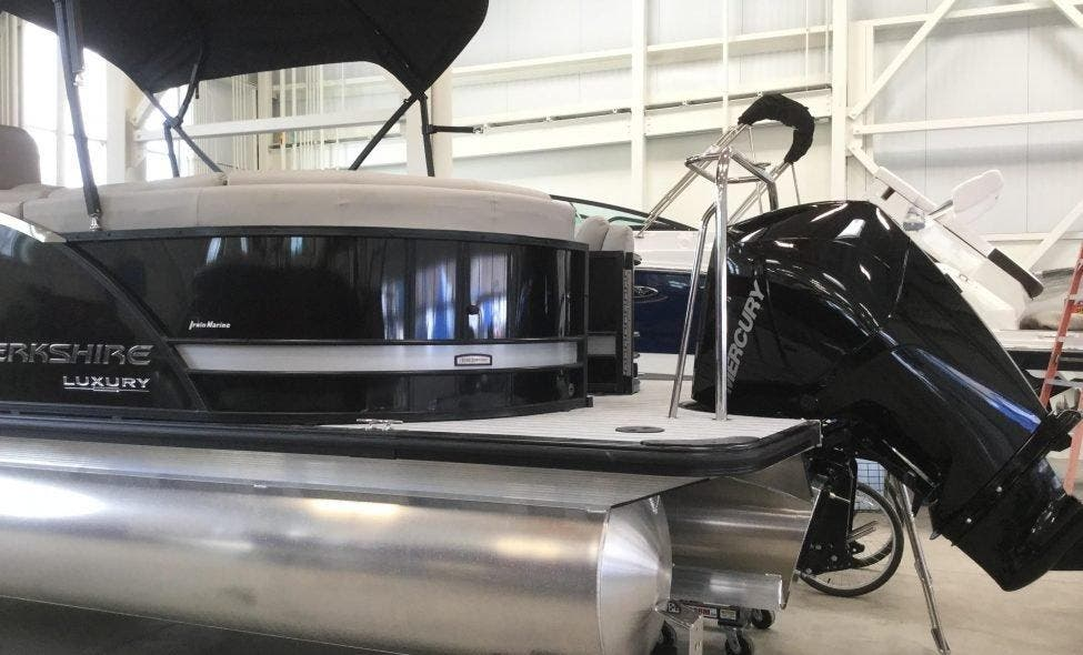 2019 Berkshire Pontoons boat for sale, model of the boat is 23rfx-dc Sts & Image # 13 of 13