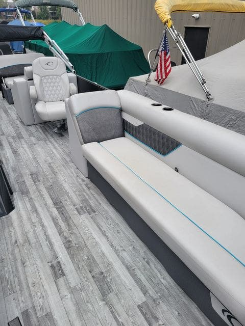2019 Crest boat for sale, model of the boat is 240SLRC & Image # 5 of 20