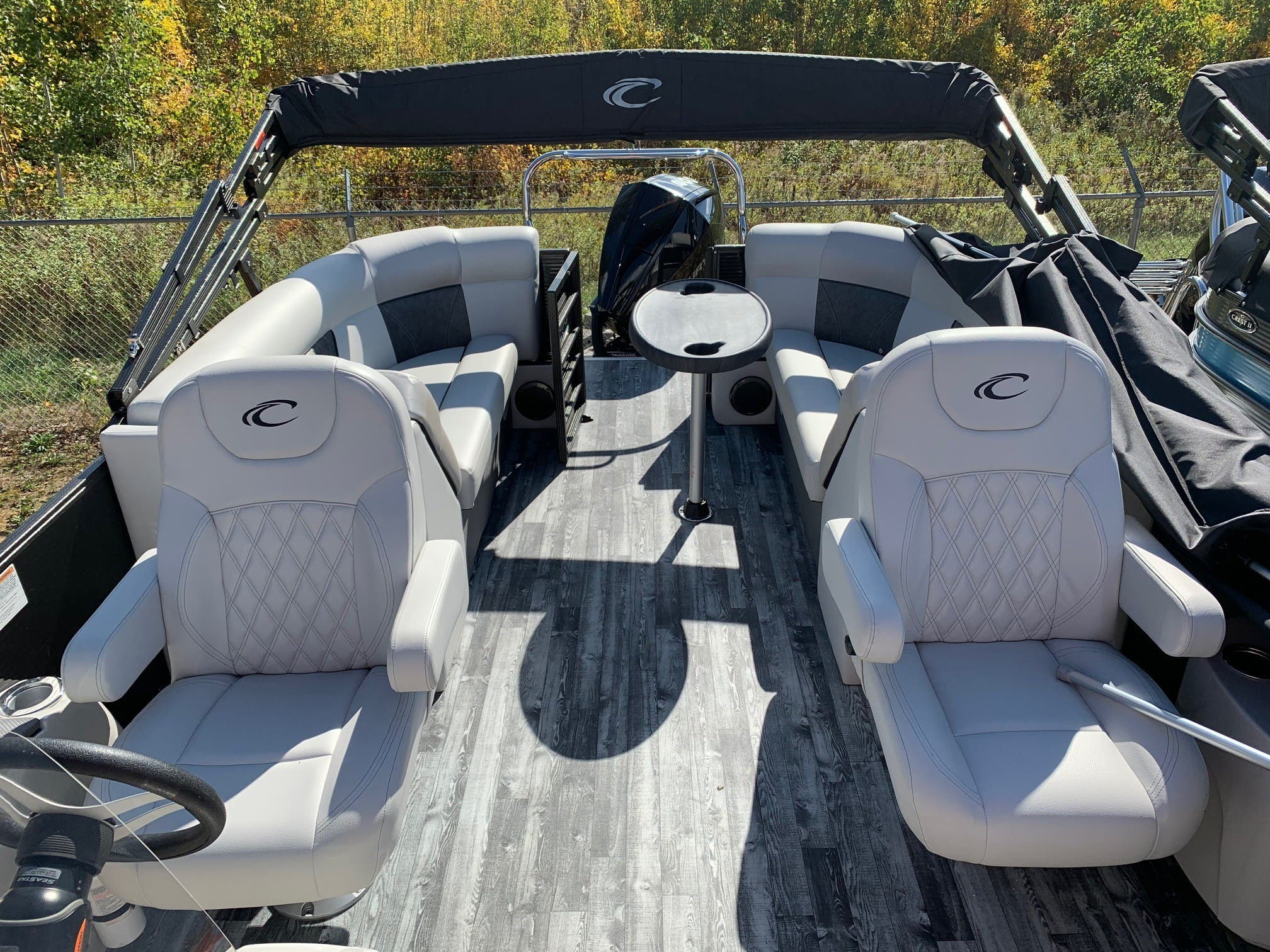 2019 Crest boat for sale, model of the boat is II 220 SLC & Image # 4 of 7