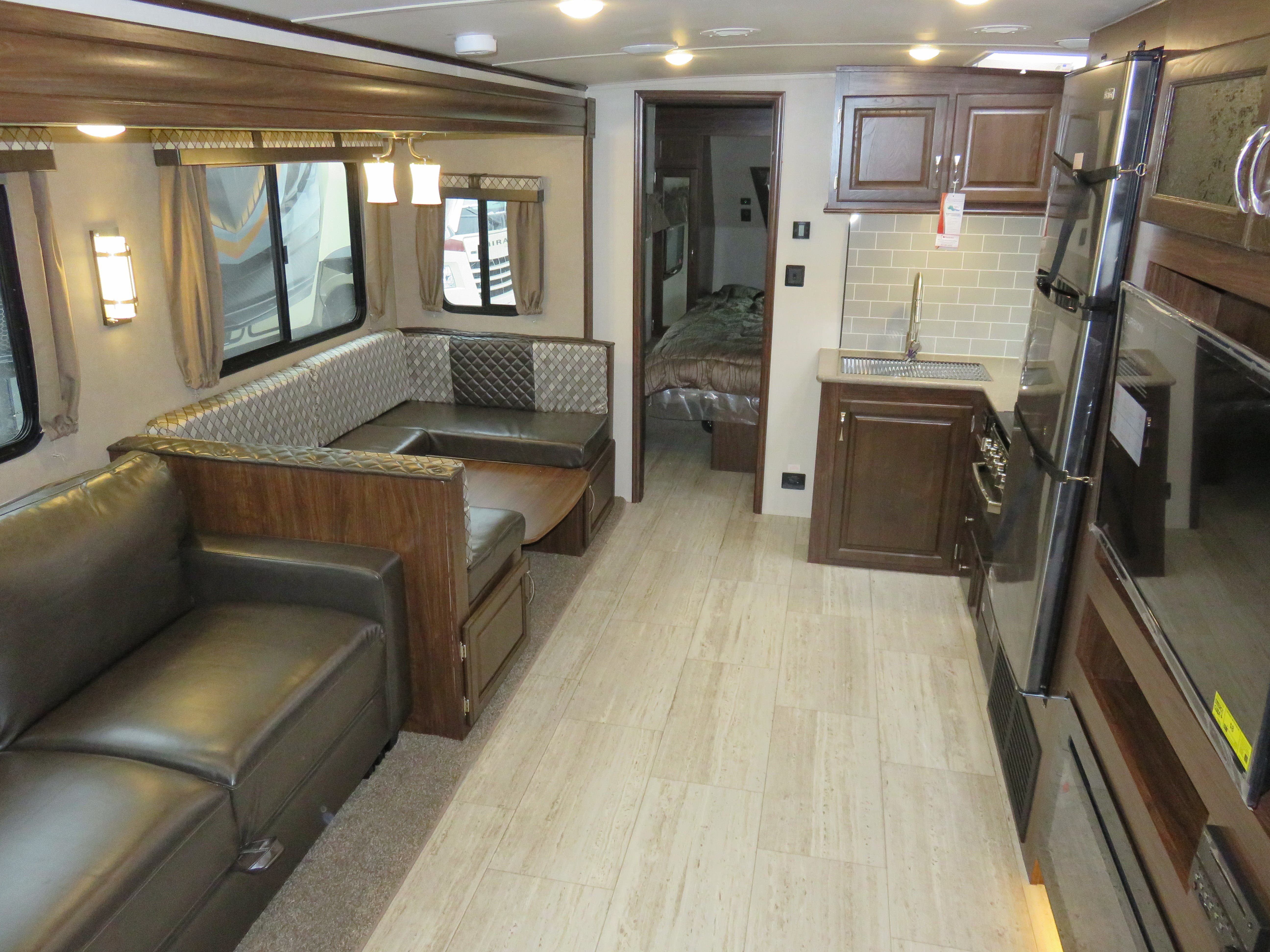 2019 Forest River Palomino SOLAIRE 268BHSK Thumbnail