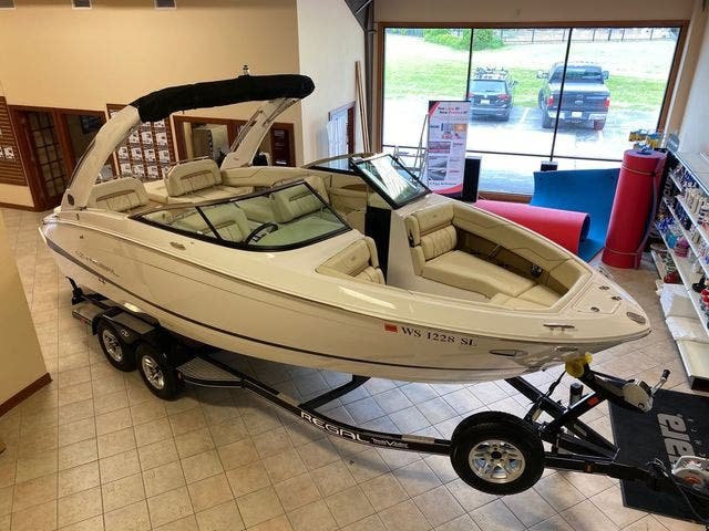2019 Regal boat for sale, model of the boat is LS4 & Image # 4 of 20