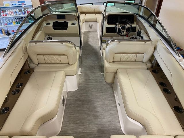 2019 Regal boat for sale, model of the boat is LS4 & Image # 8 of 20