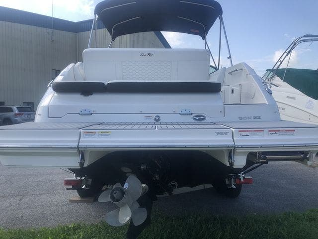 2019 Sea Ray boat for sale, model of the boat is 250 SDX & Image # 24 of 29