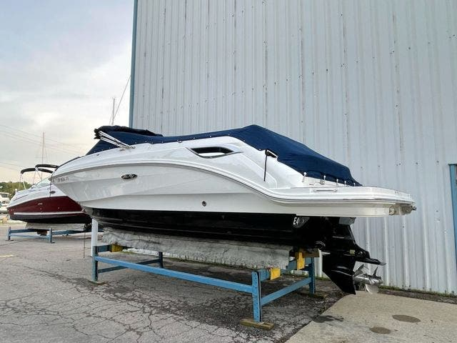 2019 Sea Ray boat for sale, model of the boat is 250 SDX & Image # 29 of 29