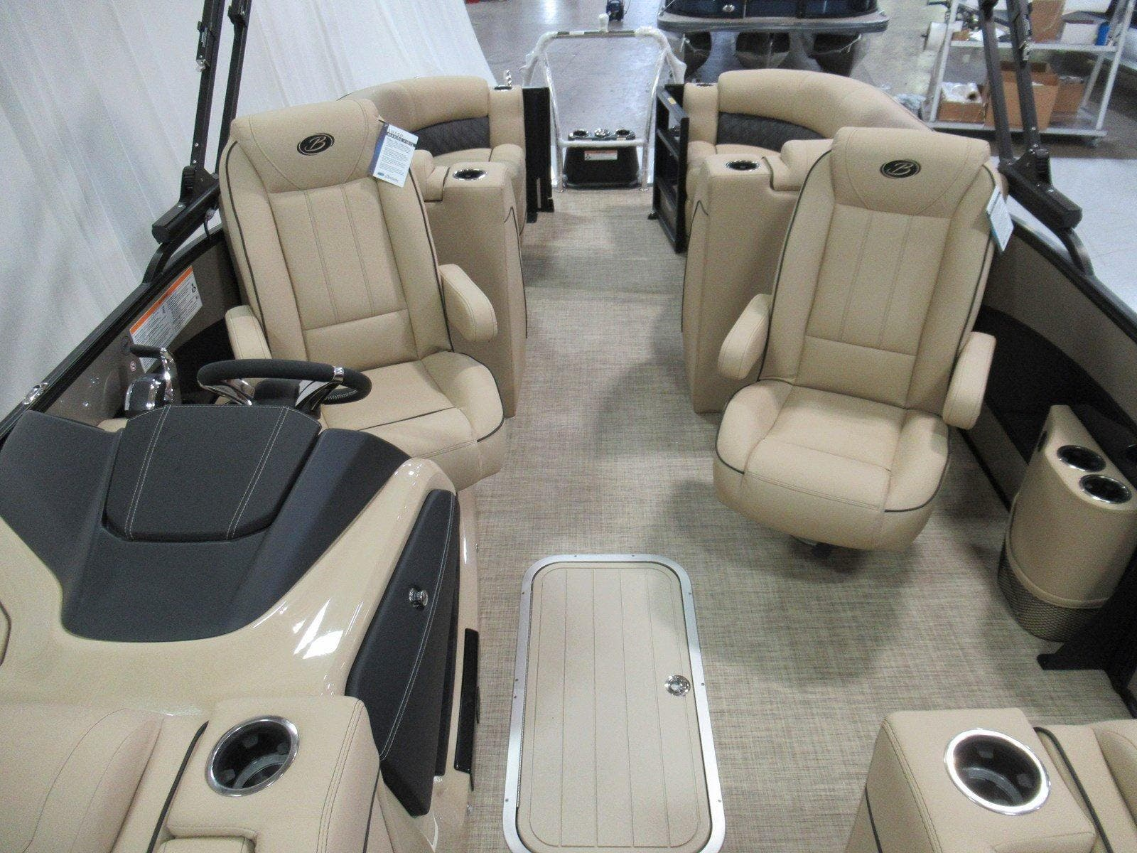 2020 Barletta boat for sale, model of the boat is L23qc & Image # 7 of 13