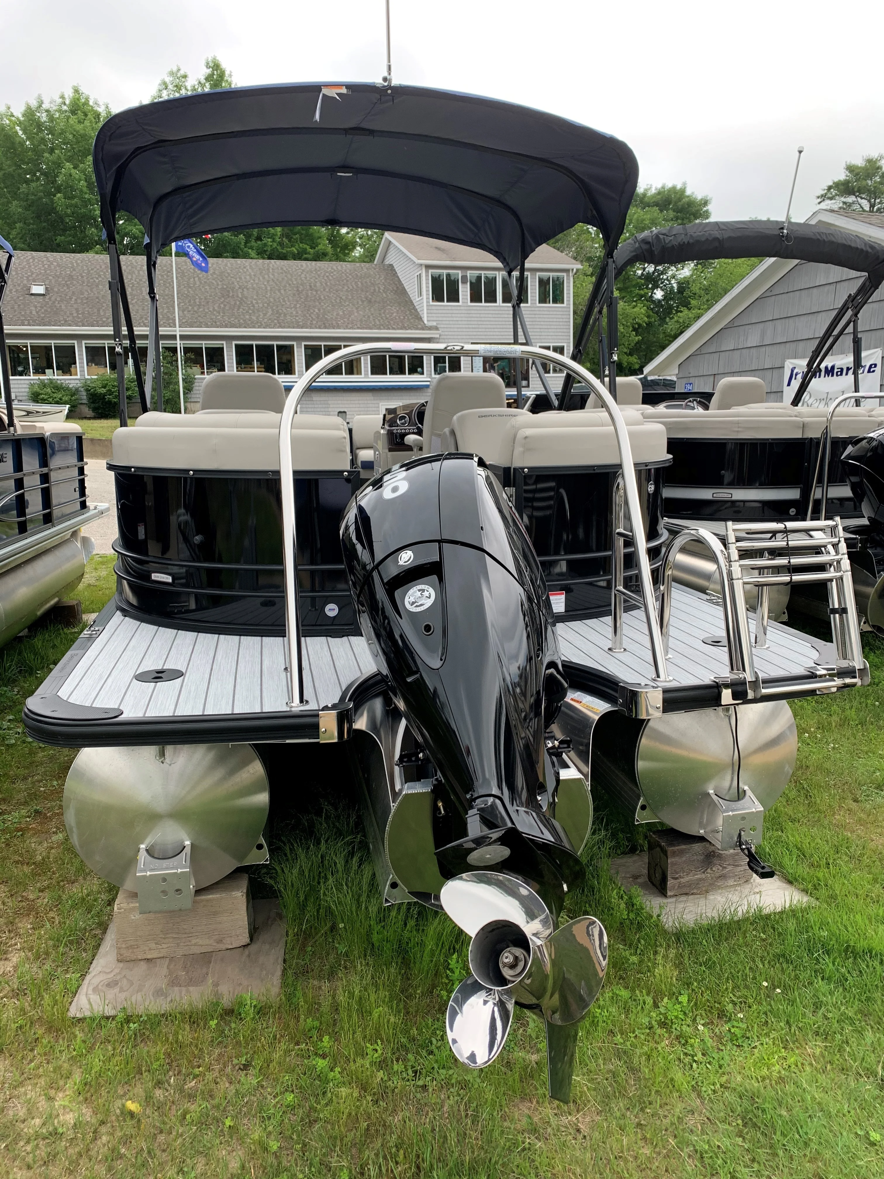 2020 Berkshire Pontoons boat for sale, model of the boat is 23rfx Sts & Image # 7 of 11