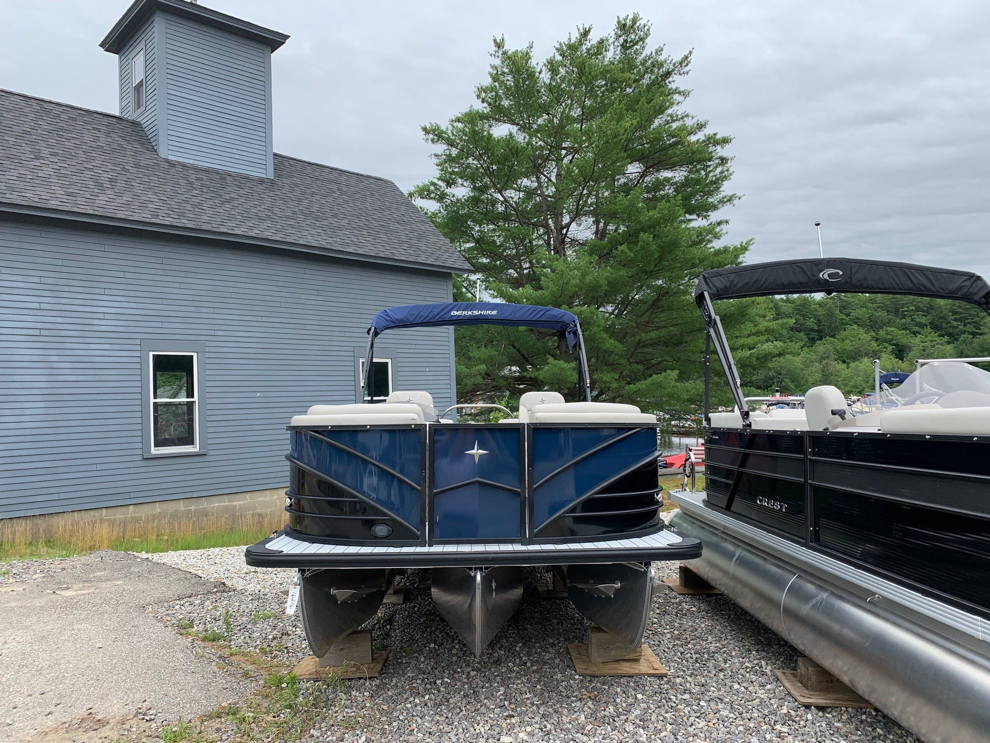 2020 Berkshire Pontoons boat for sale, model of the boat is 23rfx Sts & Image # 6 of 11