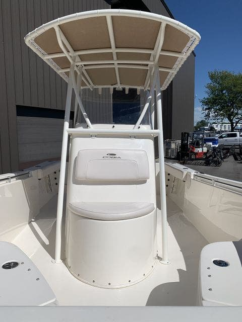2020 Cobia boat for sale, model of the boat is 220CC & Image # 7 of 12