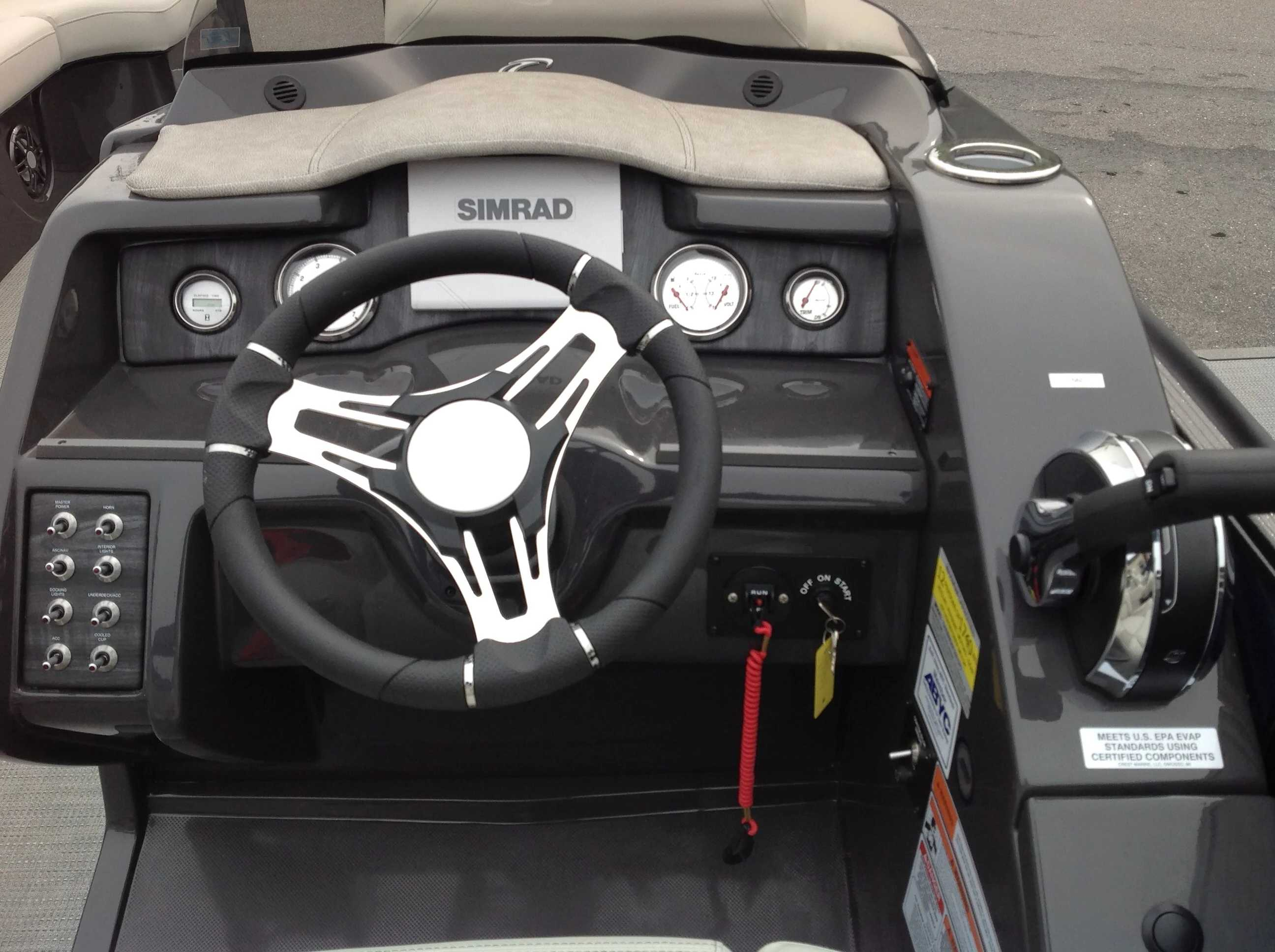 2020 Crest boat for sale, model of the boat is Caribbean Lx250 Slc & Image # 8 of 16