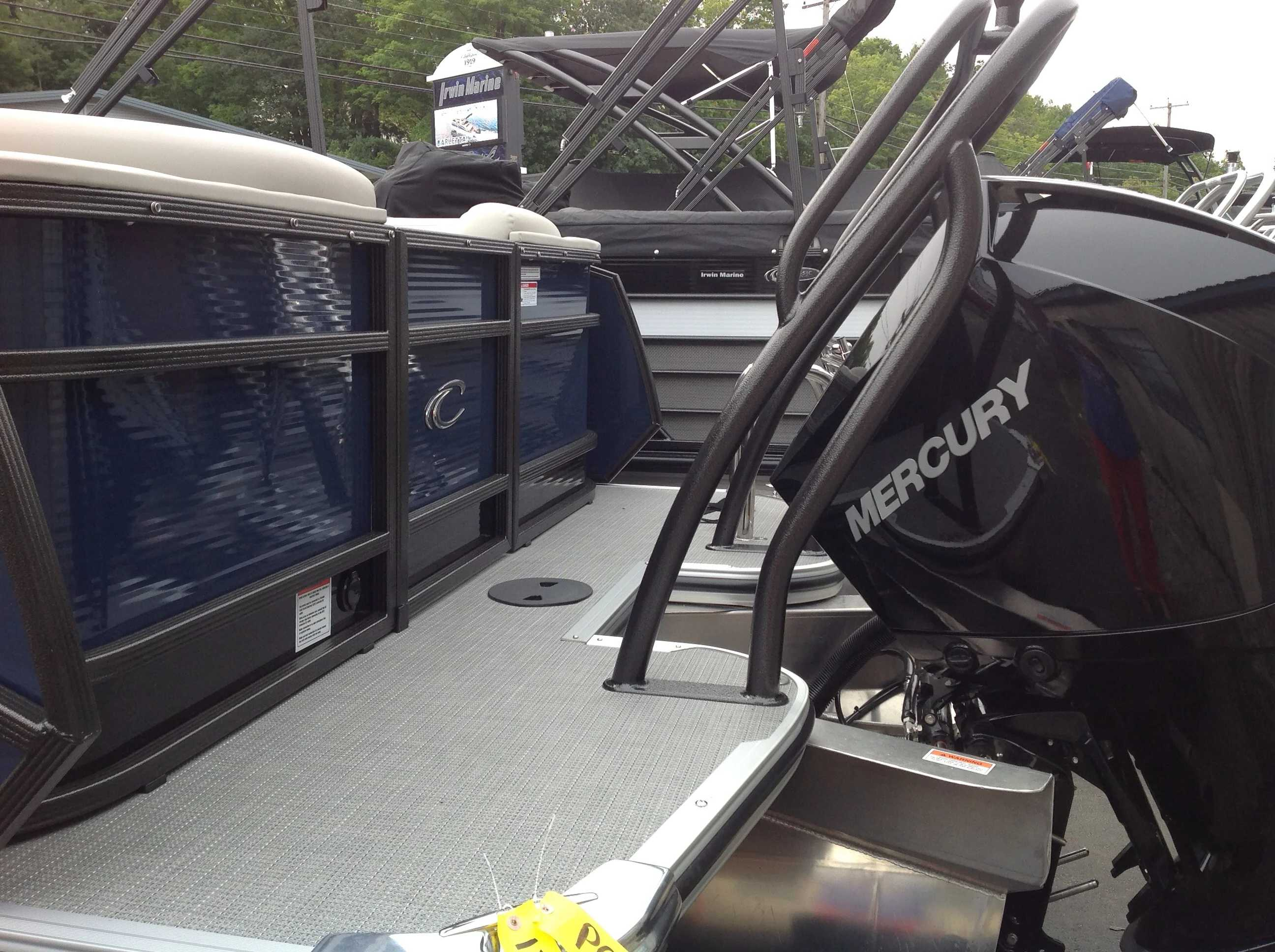 2020 Crest boat for sale, model of the boat is Caribbean Lx250 Slc & Image # 15 of 16