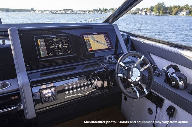 2020 Cruisers Yachts boat for sale, model of the boat is 38GLS I/O & Image # 3 of 7