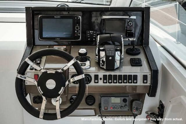 2020 Cruisers Yachts boat for sale, model of the boat is 390EXPRESS & Image # 4 of 6