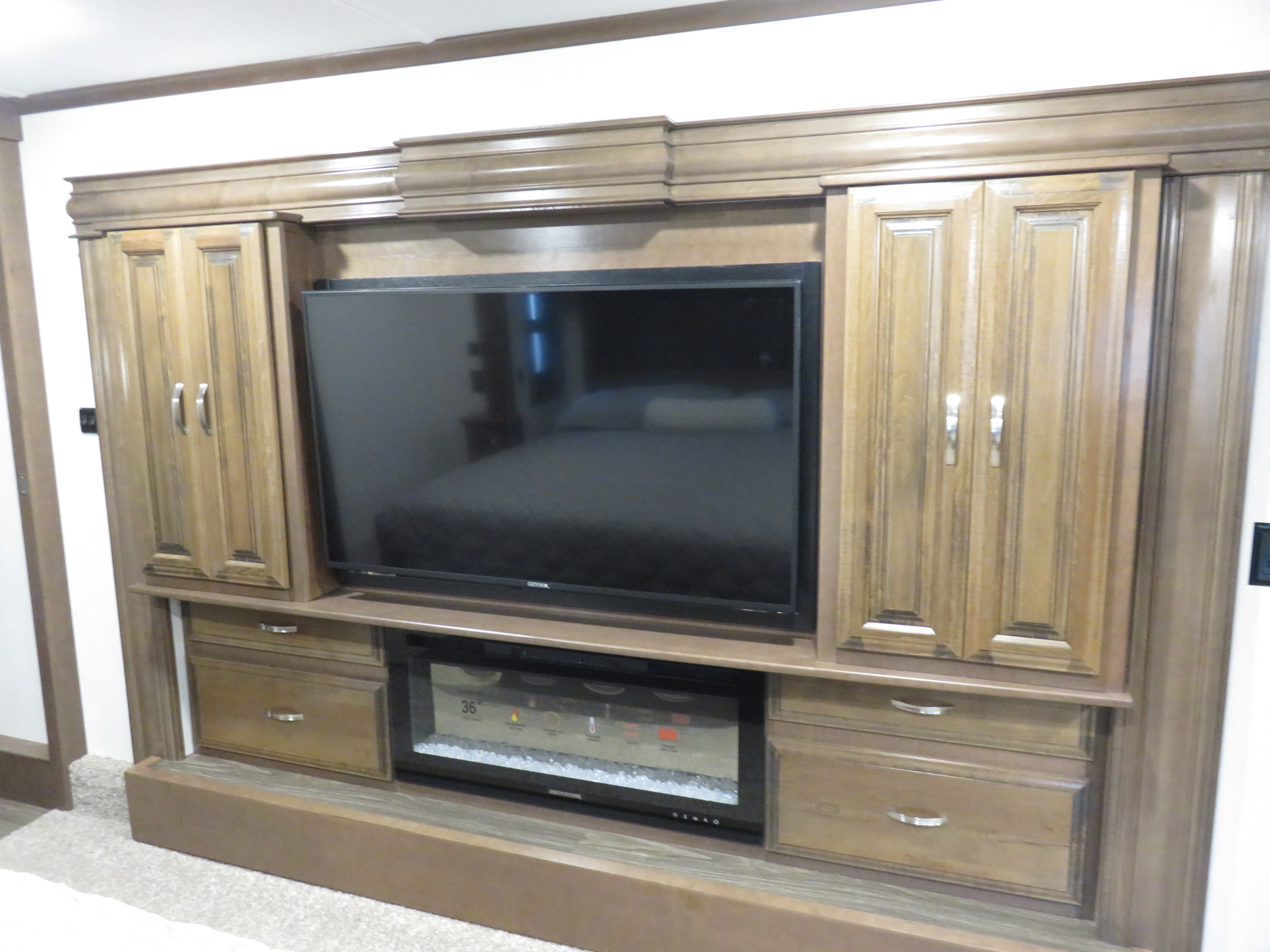 2020 Forest River Riverstone 39RLW Thumbnail