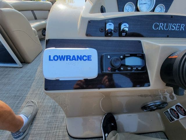 2020 Harris boat for sale, model of the boat is 210 CX/CS & Image # 6 of 7
