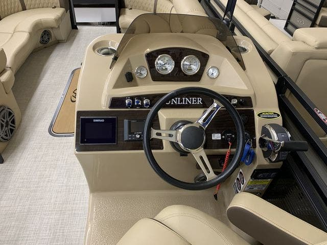 2020 Harris boat for sale, model of the boat is 250Sun/CWDH/TT & Image # 6 of 15