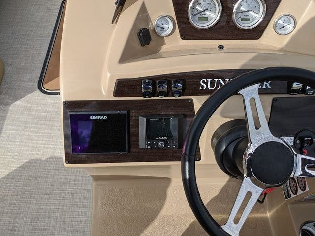 2020 Harris boat for sale, model of the boat is 250Sun/CWDH/TT & Image # 7 of 15