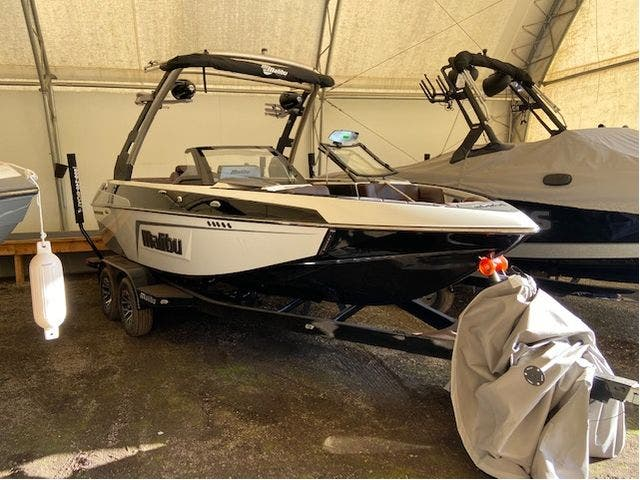 2020 Malibu boat for sale, model of the boat is 20VTX & Image # 11 of 13