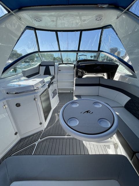 2020 Monterey boat for sale, model of the boat is 295 SPORT YACHT & Image # 4 of 17
