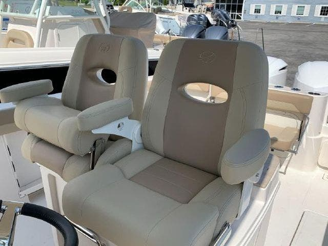 2020 Sailfish Boats boat for sale, model of the boat is 290CC & Image # 14 of 24