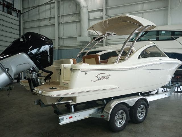 2020 Scout boat for sale, model of the boat is 235Dorado & Image # 5 of 45