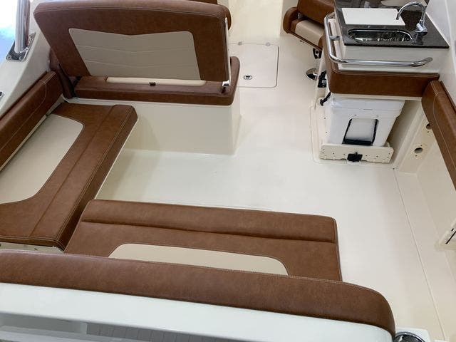 2020 Scout boat for sale, model of the boat is 235Dorado & Image # 15 of 45