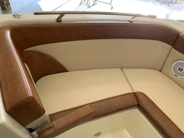 2020 Scout boat for sale, model of the boat is 235Dorado & Image # 25 of 45