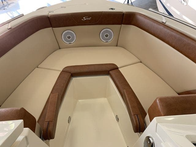 2020 Scout boat for sale, model of the boat is 235Dorado & Image # 27 of 45
