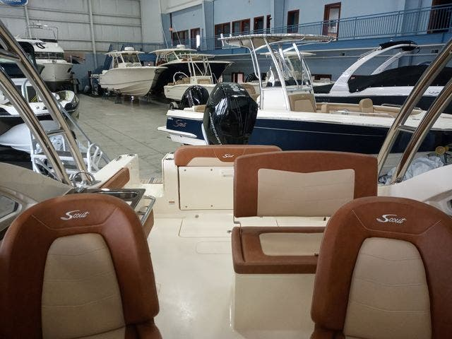 2020 Scout boat for sale, model of the boat is 235Dorado & Image # 30 of 45