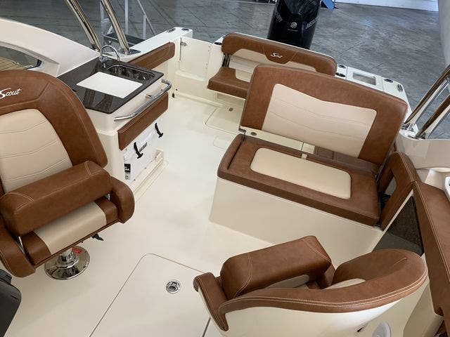 2020 Scout boat for sale, model of the boat is 235Dorado & Image # 32 of 45
