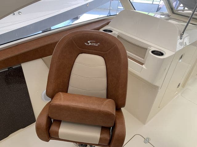 2020 Scout boat for sale, model of the boat is 235Dorado & Image # 35 of 45