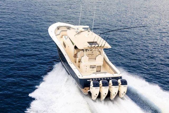 2020 Scout boat for sale, model of the boat is 420LXF & Image # 3 of 9