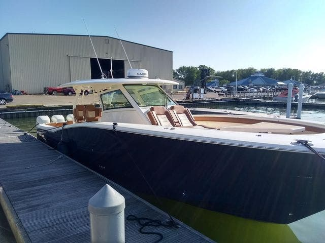2020 Scout boat for sale, model of the boat is 420LXF & Image # 5 of 9