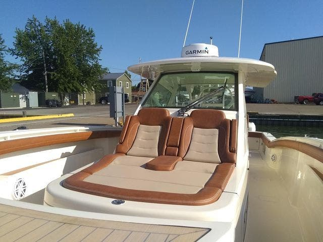 2020 Scout boat for sale, model of the boat is 420LXF & Image # 6 of 9