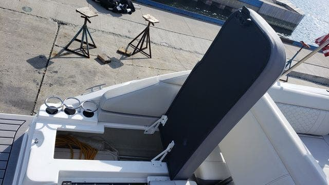 2020 Sea Ray boat for sale, model of the boat is 250SDXO & Image # 5 of 36