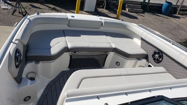 2020 Sea Ray boat for sale, model of the boat is 250SDXO & Image # 16 of 36