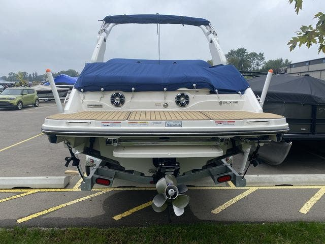 2020 Sea Ray boat for sale, model of the boat is 250SLX & Image # 13 of 13