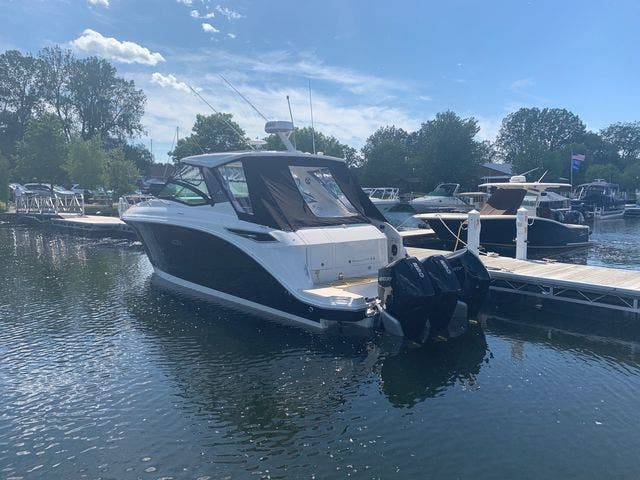 2020 Sea Ray boat for sale, model of the boat is 320DAO & Image # 6 of 29