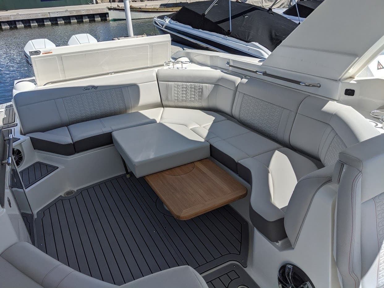 2020 Sea Ray boat for sale, model of the boat is 350SLX/R & Image # 5 of 16